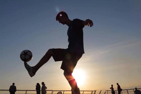 kỹ thuật bóng đá đường phố